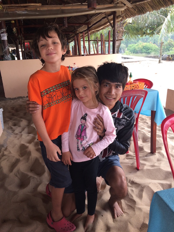A new friend in Phu Quoc, with Lily & Julien